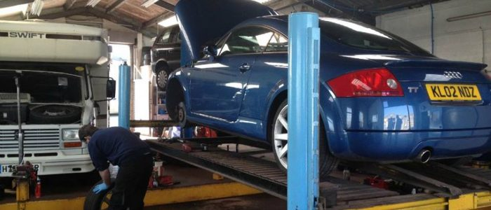 Car servicing in weymouth.